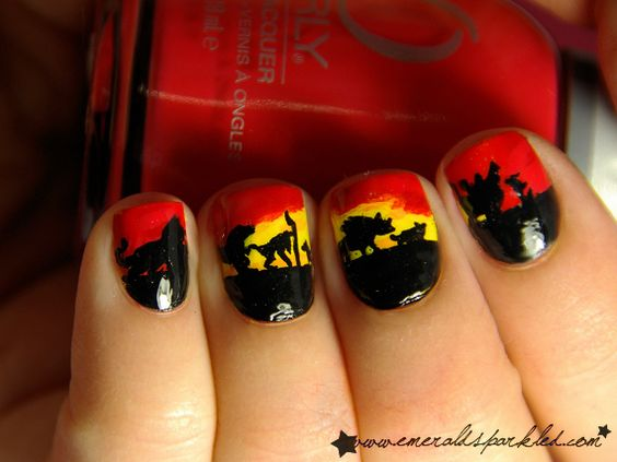 """Lion King Manicure. => SOURCE: from  http://pinterest.com/bendrixdotme/head-and-nails-art/ """"Head and Nails ART!"""" Board (@Bendrix) via. http://www.emeraldsparkled.com/2011/11/31-day-challenge-day-23.html"""
