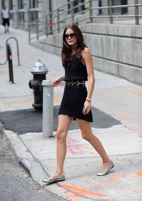 Olivia Palermo style icon  Flats Dress flats and Cute black dress