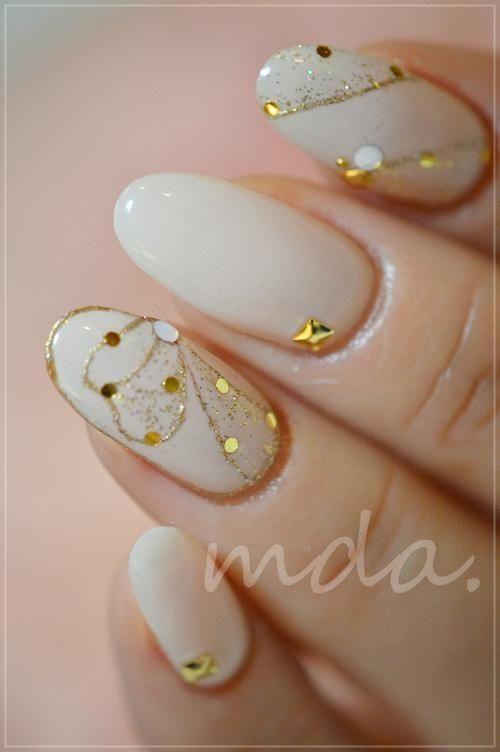 #nail #nails #nailart #unha #unhas #unhasdecoradas #branco #white #gold #dourado