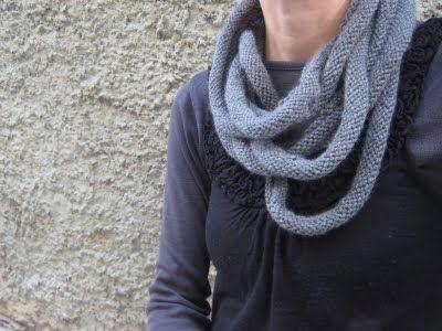 sev[en] circle scarf
