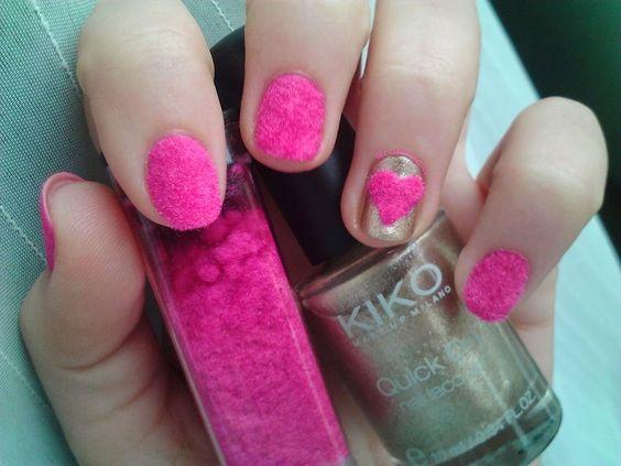 Diseños de uñas Velvet