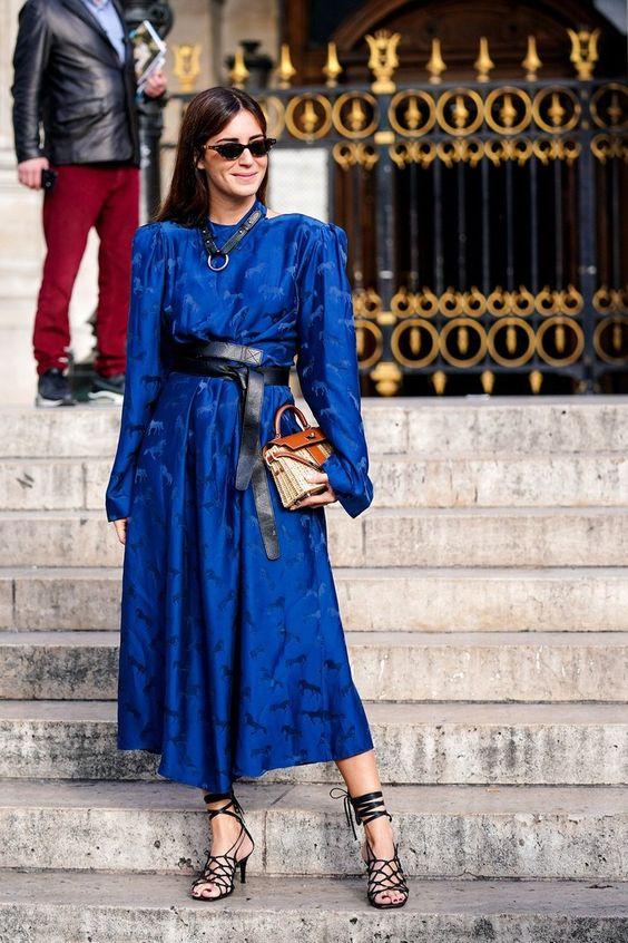 El Street Style Se Rindió Al Color Pantone 2020 Y Así Es Como Lo Están Llevando Las Más Estilosas | Cut & Paste – Blog de Moda