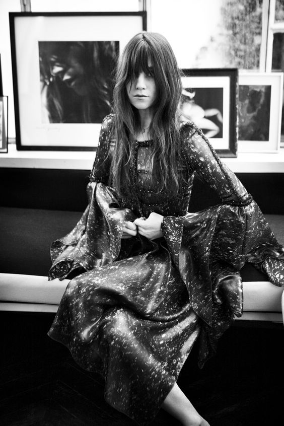 Charlotte Gainsbourg in Chanel? Dying.