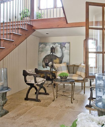 Foyer sitting area...Love this!!