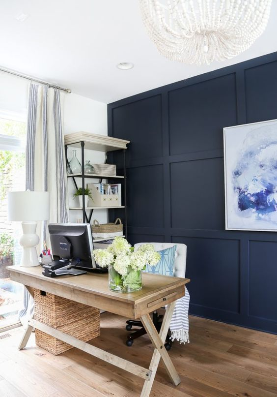 Navy Paneling Is A Statement Idea Thanks To Its Color And It