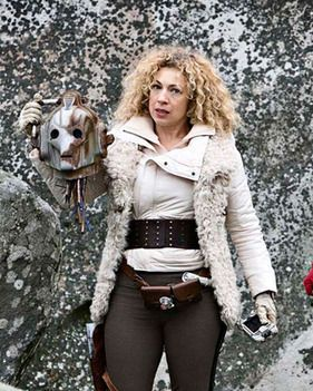 HERE'S that doctor from ER – Alex Kingston. She looks like she's just performed surgery on a Cyberman.