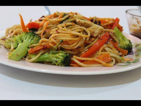 Espagueti Con Vegetales Y Pollo Youtube Receta De Espaguetti Recetas De Pasta Con Vegetales Pasta Con Pollo