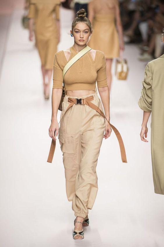 Pantalon cargo couture