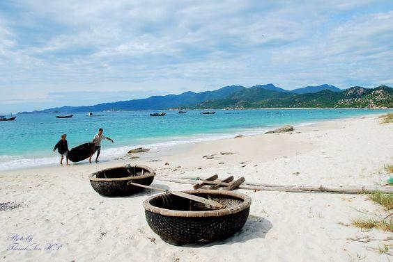 Bình Ba - cát trắng biển xanh