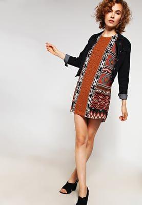 Jurken ONLY ONLNAVALA - Korte jurk - black Zwart: 26,95 € Bij Zalando (op 5/08/16). Gratis verzending & retournering, geen minimum bestelwaarde en 100 dagen retourrecht!