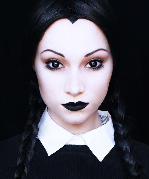 Idées de maquillage halloween femme à copier - wednesday adams