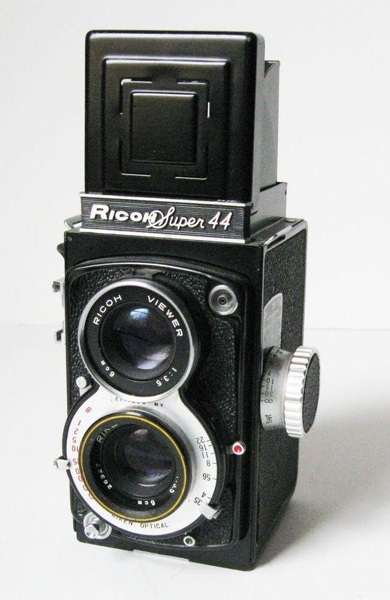 1000  ideas about Twin Lens Reflex Camera on Pinterest | Vintage ...