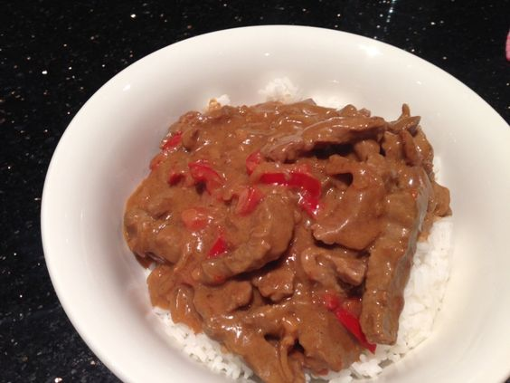 Satay beef is one of my favourite Thai dishes, and this is my attempt at recreating it.