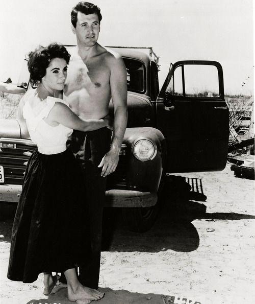 """Elizabeth Taylor & Rock Hudson in """"Giant"""" (1956)."""