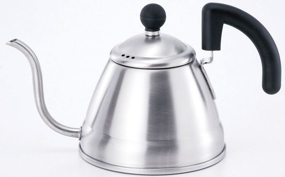 Hand drip aromatic coffee with this  specialized kettle. Take time to enjoy a  few slow, relaxing moments preparing  your coffee.  This kettle's highly acclaimed design has  made it an international hit. Matte finish.  Made in Japan. Useable with IH cooking  heaters. SG mark certified.