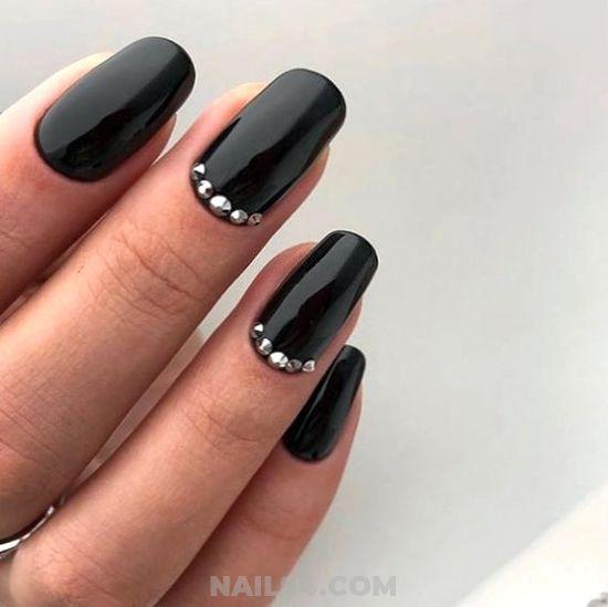 45 Cute Rhinestone Nail Designs And Ideas Nailart Rhinestone Naildiy Naildesigns Nai Nails Design With Rhinestones Rhinestone Nails Simple Nail Designs