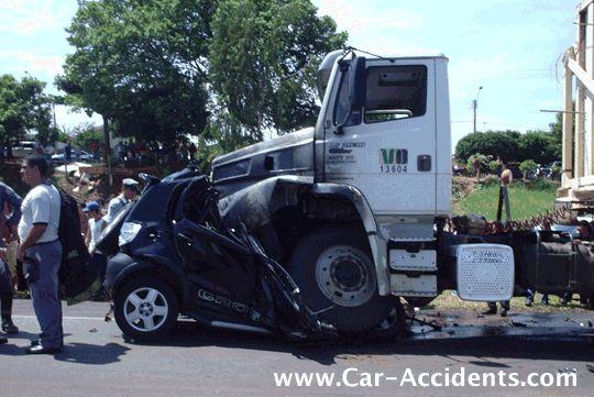 Pin By Scott S Mobile Headlight Resto On Wrecks Smart Car Big Car Trucks