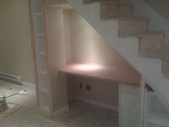 Building desk under stairs basement for Diy staircase drawers