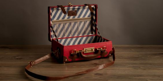 The Entrepreneur vanity case in Red | Red leather vanity case | Steamline Luggage
