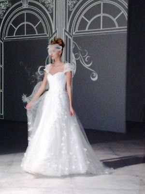 vestit novias: San Patrick Internacional Fashion Show - 2013
