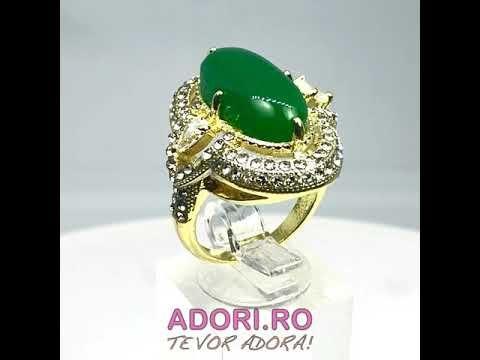 inel din argint cu piatra cu safir si diamante