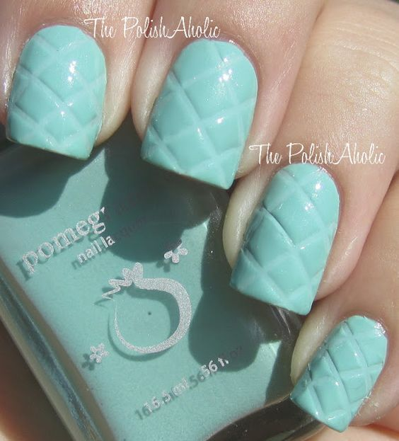 Quilted #nails! Paint first coat & before second coat sets press lines diagonally with a ruler.