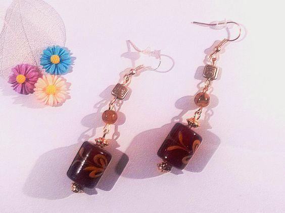 boucles d'oreille indonésiennes en perles lampwork marron : Boucles d'oreille par chely-s-creation