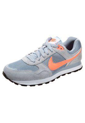 Speciale Nike Sportswear MD RUNNER Sneakers laag light magnet grey/bright mango/white Sneakers van het merk Nike Sportswear voor Dames .