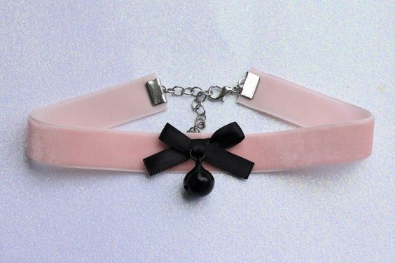 Pastel goth choker from poison tragic: