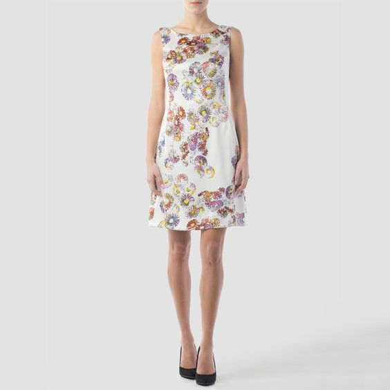 El estampado perfecto para la temporada Primavera - Verano, elaborado por Joseph Ribkoff para mujeres sencillas para elegantes como tú.