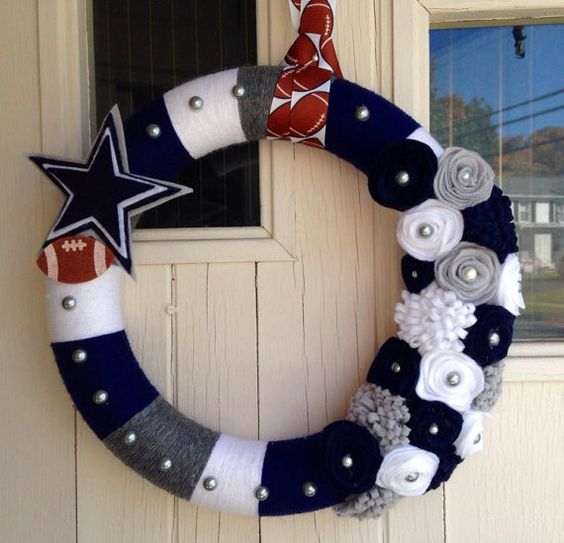 Dallas Cowboys wreath - Etsy listing at https://www.etsy.com/listing/206985787/12-in-handmade-dallas-cowboys-yarn
