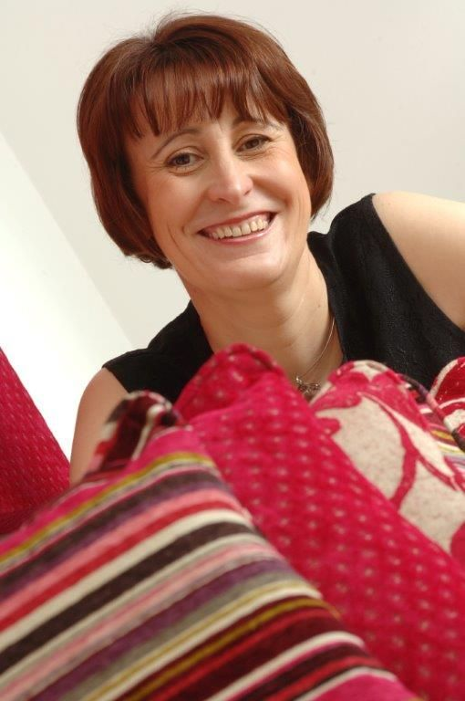 Esther Bond interior designer works closely with her clients to provide a truly professional service. http://www.dfao.co.uk/