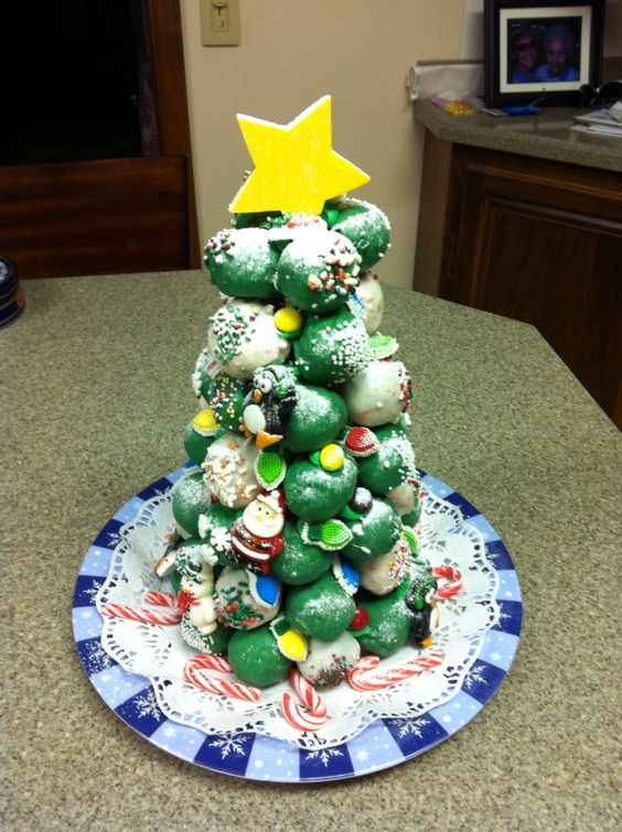 Christmas donut hole cake