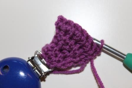 kostenlose Häkelanleitung Schnullerband, Schnullerkette in kunterbunten Farben für Junge und Mädchen inkl. Clip