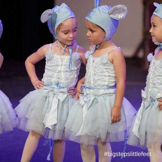 Dancing Babies Cute: SO CUTE Baby Ballet Dancers Dancing On Stage As Mice On