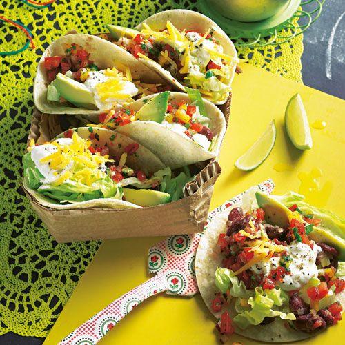 Tacos sind so was wie der mexikanische Döner: Fladenbrot mit richtig was drin – hier in unserer großartigen Veggie-Version. Foto: Thomas Neckermann