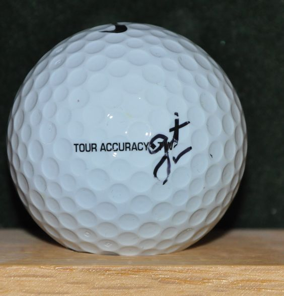 Pga Tour Play Gary Nicklaus Personal Golf Ball From The Memorial