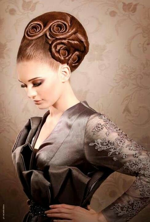 Extravagant hairstyle'