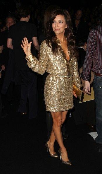 Hispanic #actress #EvaLongoria wearing gold sequined #dress