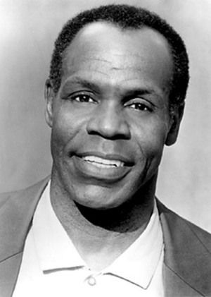Danny Glover actor de cine, teatro y tv. N.en 1946  en Estados Unidos