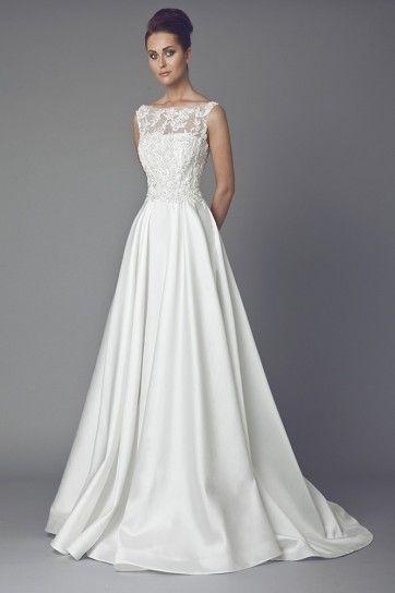 Abito da sposa con corpino ricamato - Collezione di vestiti da sposa Tony Ward 2015, modello arricchito sul corpino con ricami in pizzo