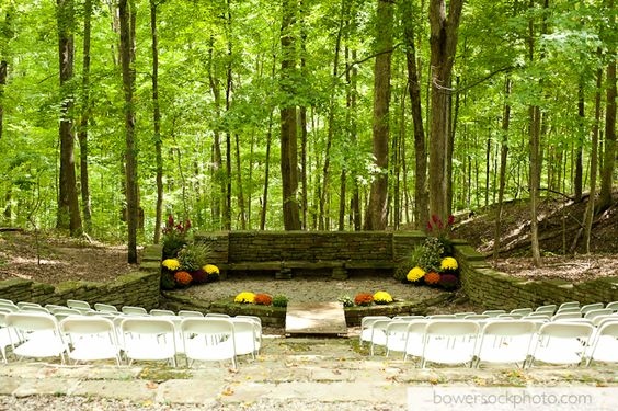 Abe Martin Lodge Amphitheater Located In Brown County State Park Bowersock Photography Outdoor Ceremony Sites At Pinterest Wedding