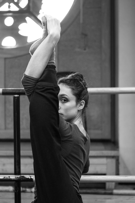 Dorothée Gilbert, Danseuse Étoile de l'Opéra de Paris, warming up at the studio Noureev of l'Opéra Garnier. Photography by James Bort
