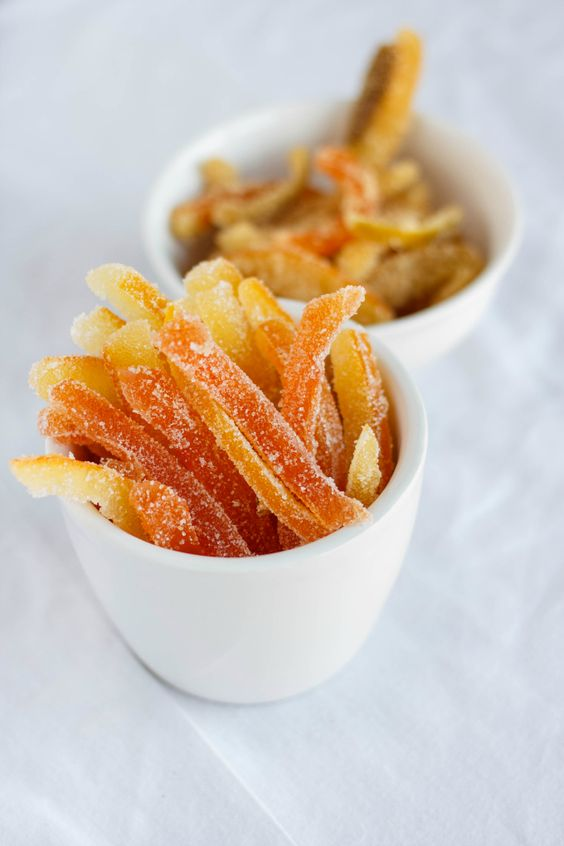 Homemade gifts are a wonderful touch during the holiday season and these candied citrus peels are the perfect idea! #glutenfree #vegan #christmas