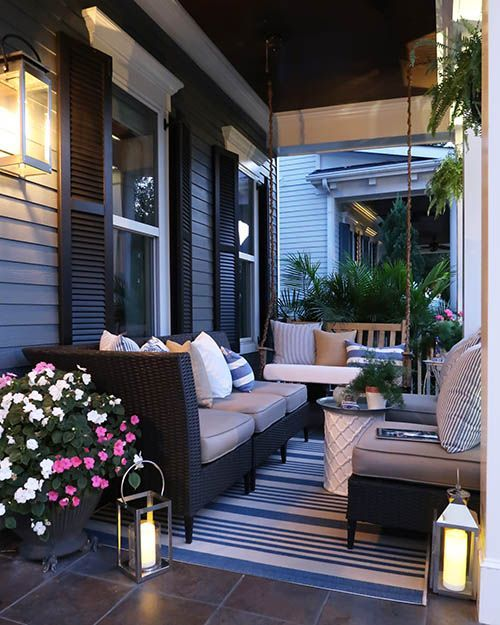 Looking To Update Your Curb Appeal On A Budget Here Are 7 Simple And Easy Ways To Update Your Hom Front Porch Furniture Front Porch Decorating Porch Furniture