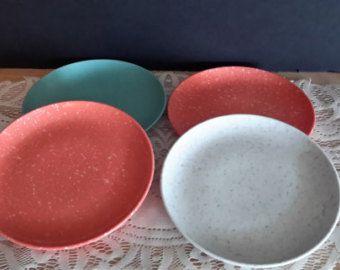 Ensemble de quatre plaques de taille de soucoupe mélamine, Vintage, vacances de Kenro