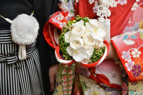 プリザーブドフラワーの和装ブーケ 胡蝶蘭×ローズ