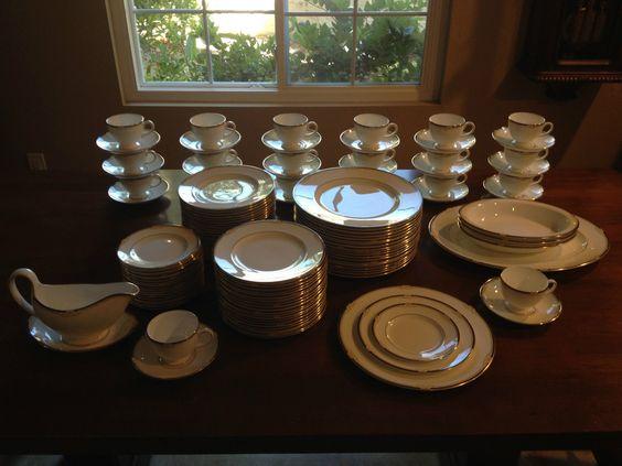 Wedgwood CAVENDISH for 20 w/ Serving Bowls, Platter, Gravy Boat & Dessert Plates picclick.com