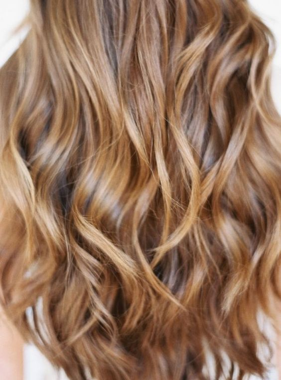 Beautiful brunette hair. I want my hair this color next summer.. cute!