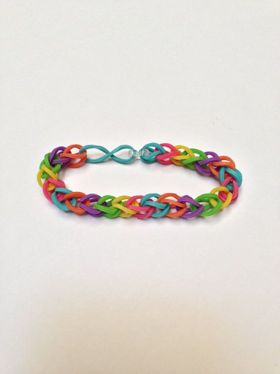 ...it was pretty cool! Summer '13 Grade: A Rubberband Bracelet - Rainbow Easy to make... Keeps kids bussssy!!